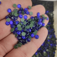 Yuvarlak Oval Saks Ütü Ile Yapışma Tekstil Taşları