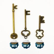 Reçine Metal Kolye Ucu - anahtar